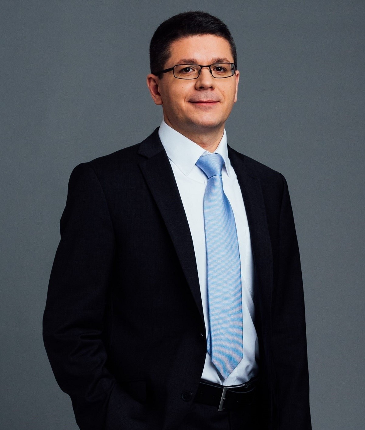 Dr. Zoltán Kereső